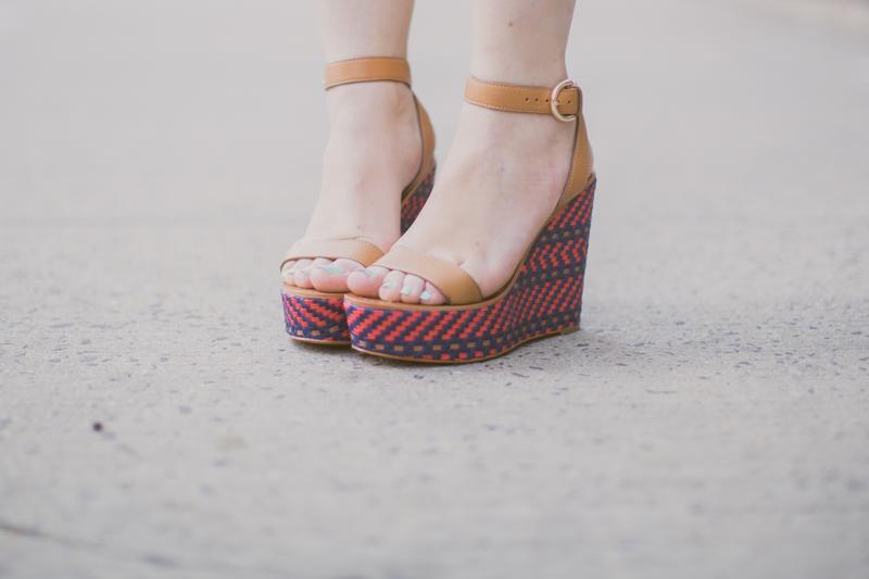 robe tigre castelbajac gemma wedges coach new york fashionblog PAULINEFASHIONBLOG.COM  6 Everyday walk