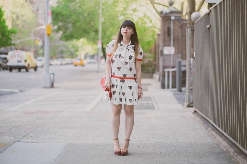 robe tigre castelbajac gemma wedges coach new york fashionblog PAULINEFASHIONBLOG.COM  Everyday walk
