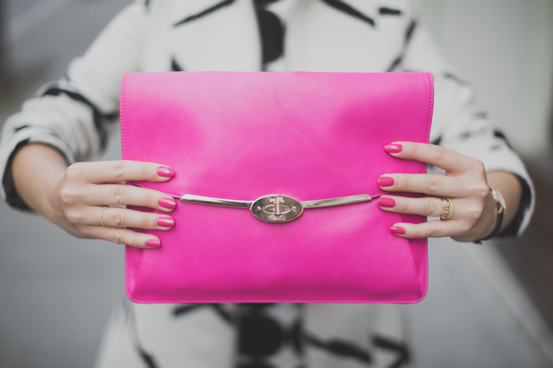 desigual coat and dress coach madison clutch paulinefashionblog.com  4 Pink & Prints
