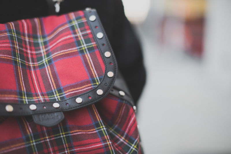 backpack Karl lagerfeld tartan leather sac a dos - paulinefashionblog.com_-3