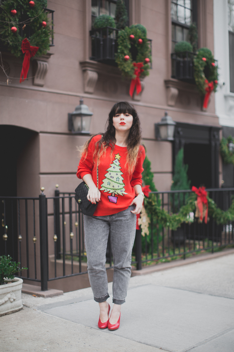 christmas sweater wildfox tree red - paulinefashionblog.com_-3