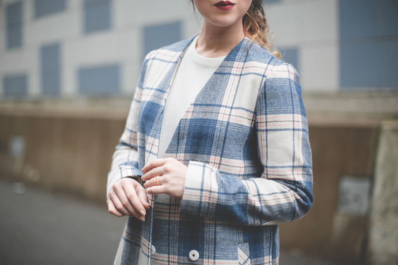 plaid coat topshop giveaway gift card - paulinefashionblog.com_-6