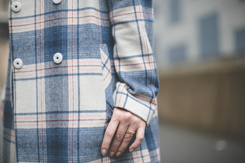plaid coat topshop giveaway gift card - paulinefashionblog.com_-7