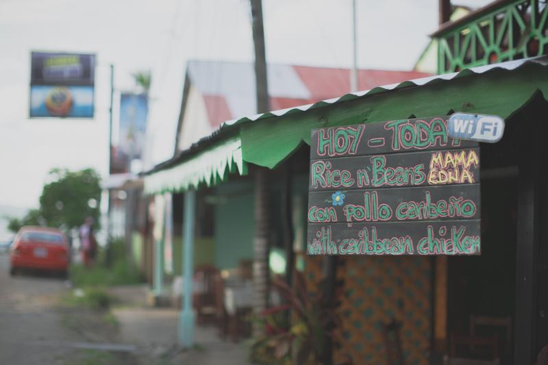 blog travel costa rica puerto viejo playa cocles - copyright paulinefashionblog.com_-22