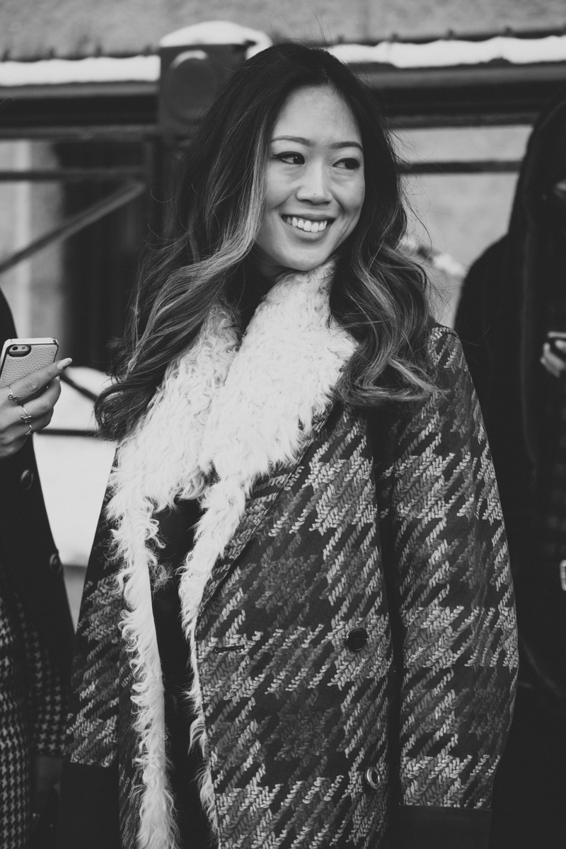 aimee song of style new york fashion week fw14 february 2014 portrait streetstyle - copyright paulinefashionblog.com_