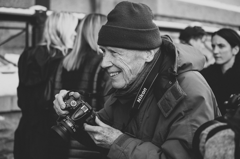 bill cunningham new york fashion week fw14 february 2014 portrait streetstyle - copyright paulinefashionblog.com_-2