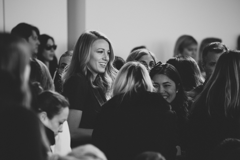 blake lively michael kors new york fashion week fw14 february 2014 portrait streetstyle - copyright paulinefashionblog.com_