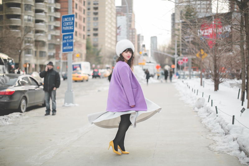 pauline blogger streetstyle lincoln center white fur purple coat new york fashion week fw 2014 - copyright paulinefashionblog.com_
