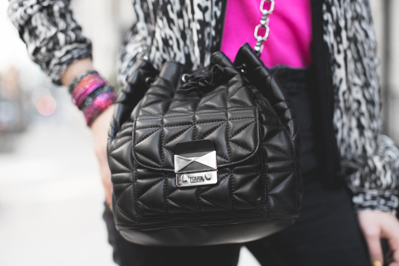 BUCKET BAG KARL LAGERFERLD kuilted copyright paulinefashionblog.com  blacK & pinK