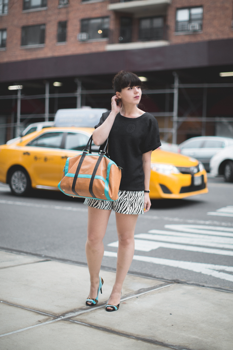 look 3 short zebre 3 suisses - copyright paulinefashionblog.com_-2