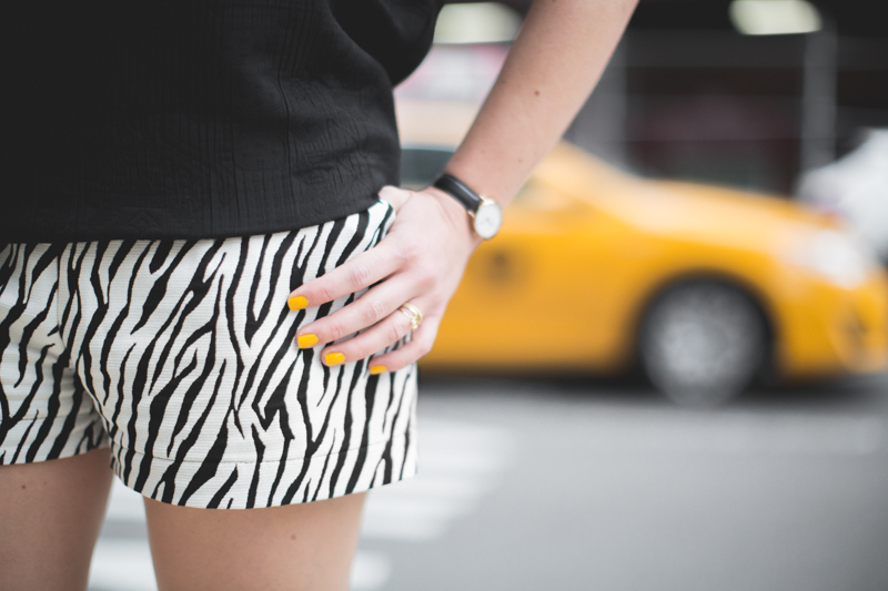 look 3 short zebre 3 suisses - copyright paulinefashionblog.com_-5