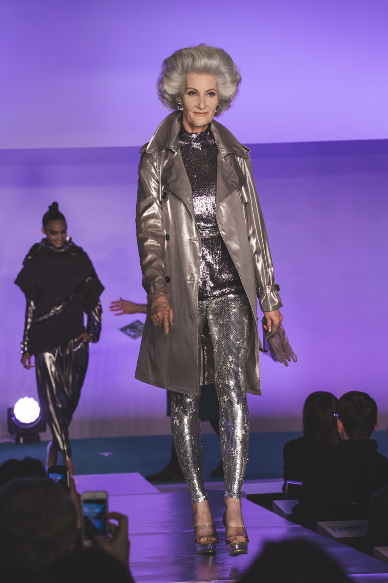 paris fashion week defile jean paul gaultier brits in space - copyright paulinefashionblog.com_-28