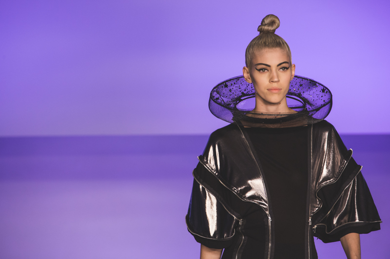 paris fashion week defile jean paul gaultier brits in space - copyright paulinefashionblog.com_-33