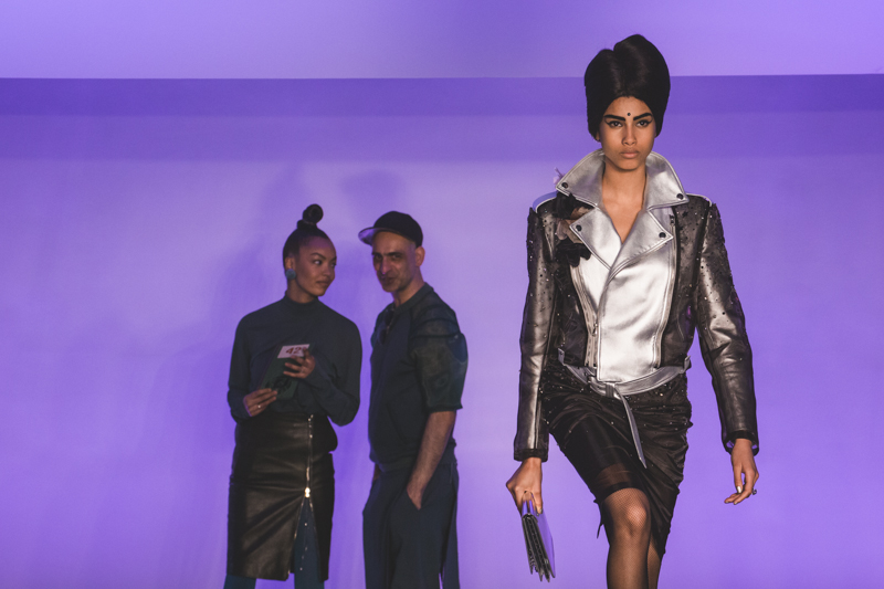paris fashion week defile jean paul gaultier brits in space - copyright paulinefashionblog.com_-38