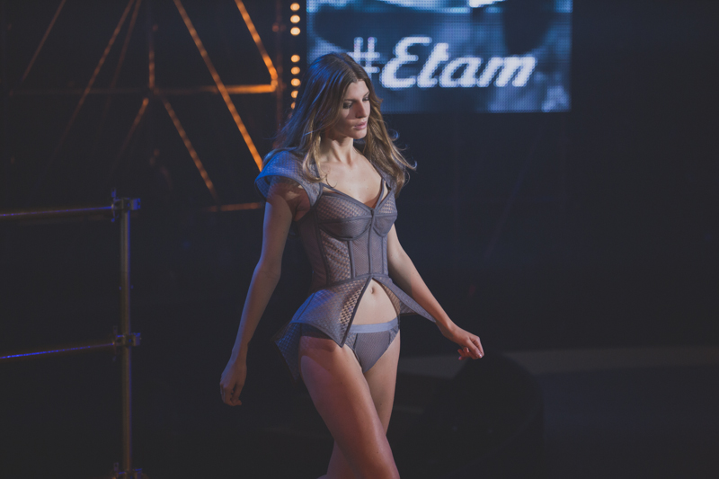 pfw paris fashion week show etam lingerie ah14 25 fevrier 2013 - copyright paulinefashionblog.com_-18