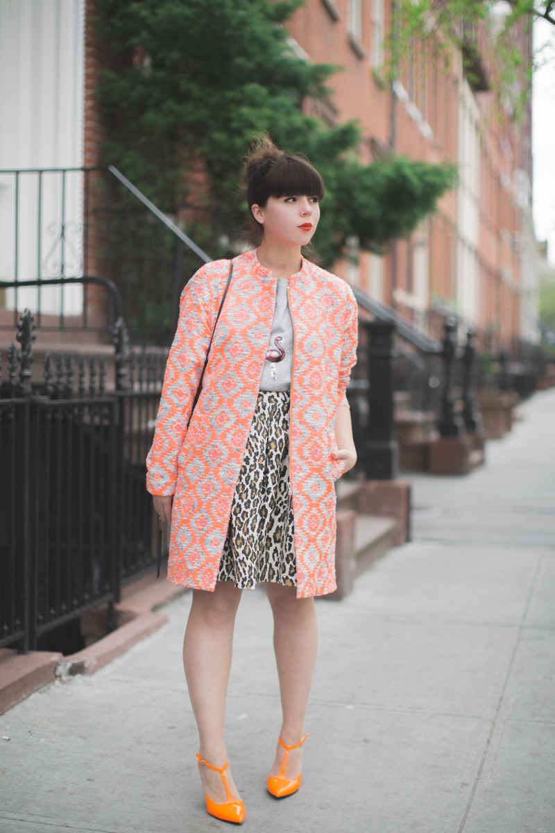 essentiel antwerp 1 neon orange coat flamingo sequins top - copyright paulinefashionblog.com_-18
