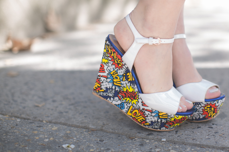 sonia by sonia rykiel lips moschino love wedges copyright paulinefashionblog.com  8 Stripes and Blooms
