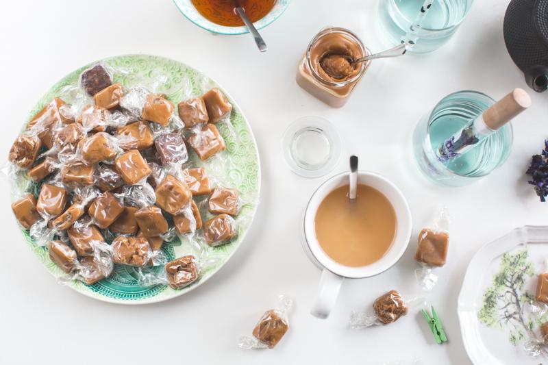 blue teatime la dame aux caramels infusion de mauve - copyright paulinefashionblog.com_-6