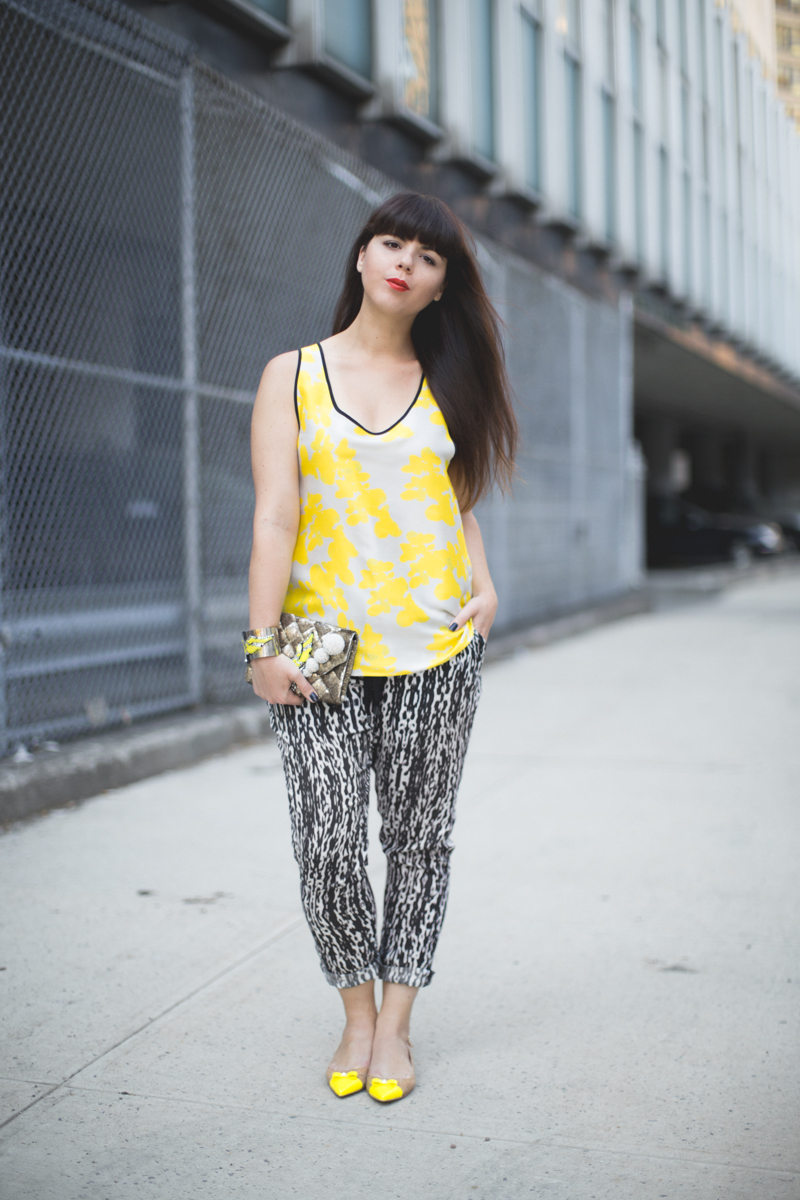 shourouk bird neon prints copyright paulinefashionblog.com  Yellow