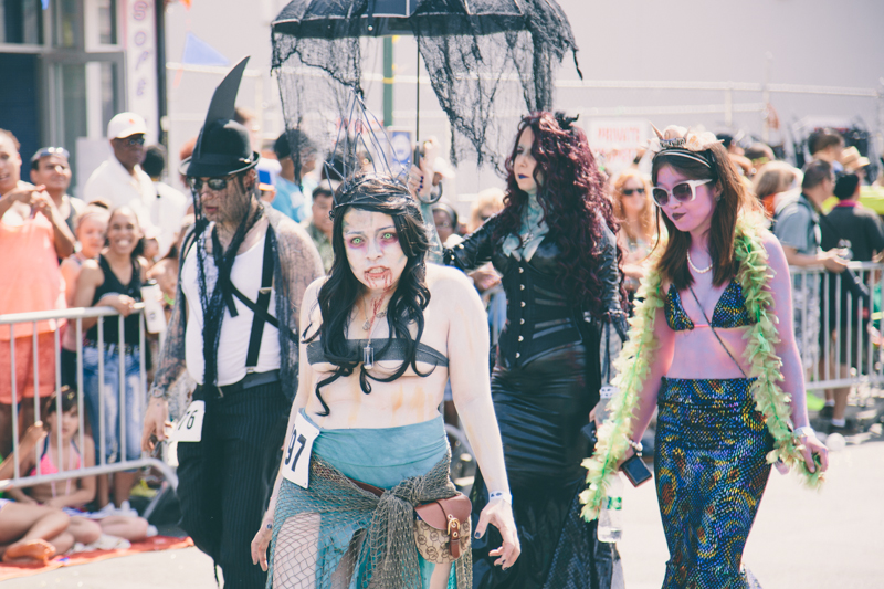 MERMAID PARADE 2014 CONEY ISLAND DO NOT USE WITHOUT WRITTEN PERMISSION copyright paulinefashionblog.com  80 ♥ Mermaid Parade 2014, Coney Island