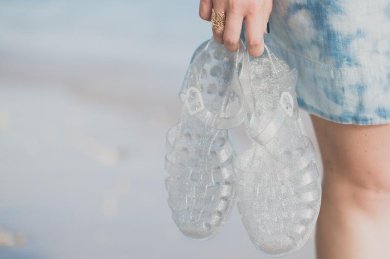 tommy hilfiger denim dress jelly shoes meduses ile de la reunion - copyright paulinefashionblog.com_-6
