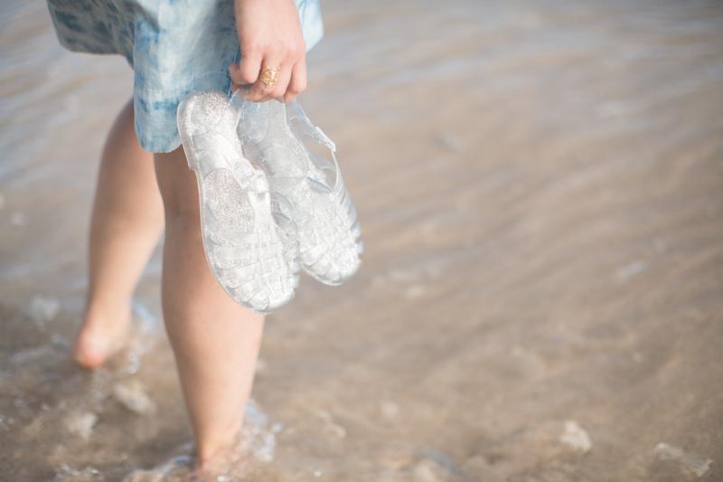 tommy hilfiger denim dress jelly shoes meduses ile de la reunion - copyright paulinefashionblog.com_-7
