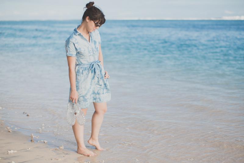 tommy hilfiger denim dress jelly shoes meduses ile de la reunion - copyright paulinefashionblog.com_-8