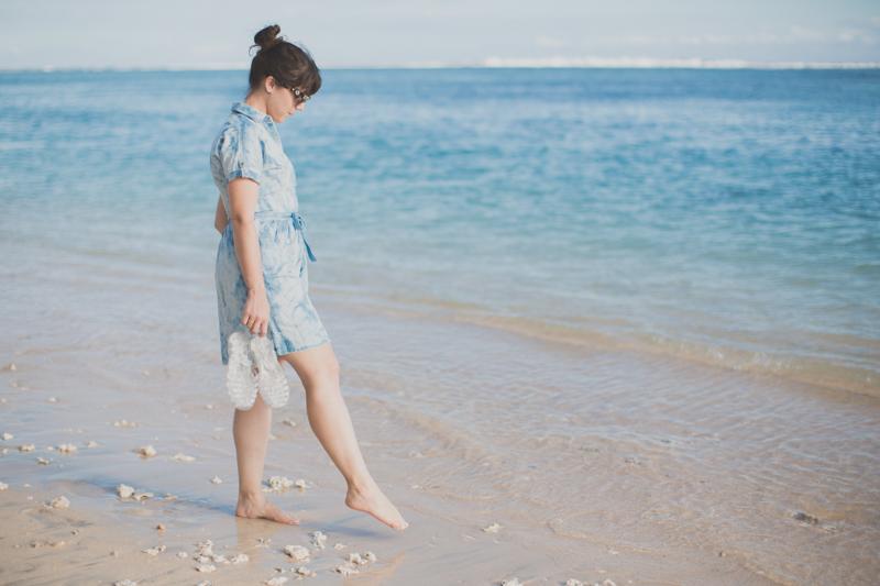 tommy hilfiger denim dress jelly shoes meduses ile de la reunion - copyright paulinefashionblog.com_-9