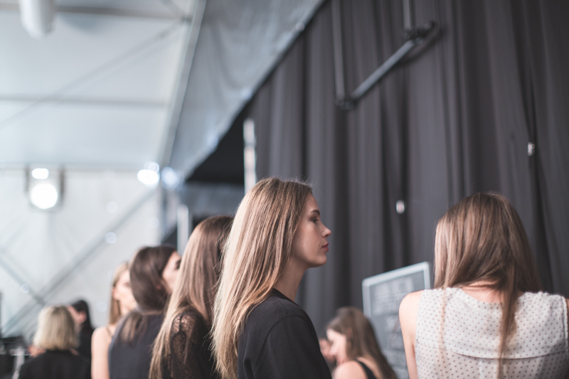 backstage BCBGMAXAZRIA Lincoln Center NYFW fashion week SS15 PE15 - copyright paulinefashionblog.com_-2