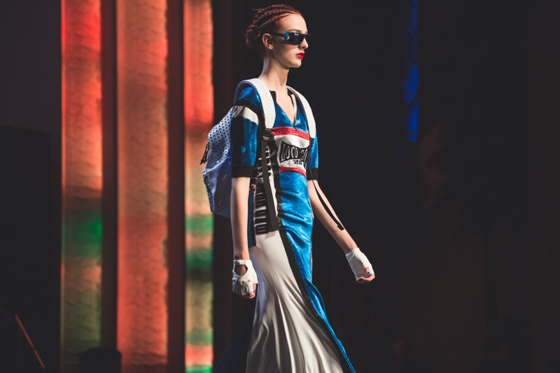 election de miss jean paul gaultier dernier defile pret a porter grand rex photos - copyright paulinefashionblog.com_-16