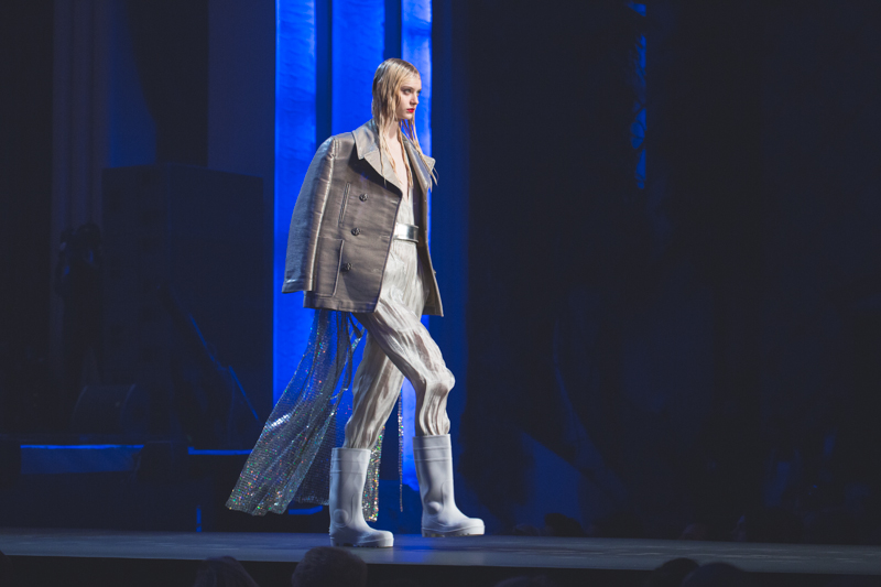 election de miss jean paul gaultier dernier defile pret a porter grand rex photos - copyright paulinefashionblog.com_-23