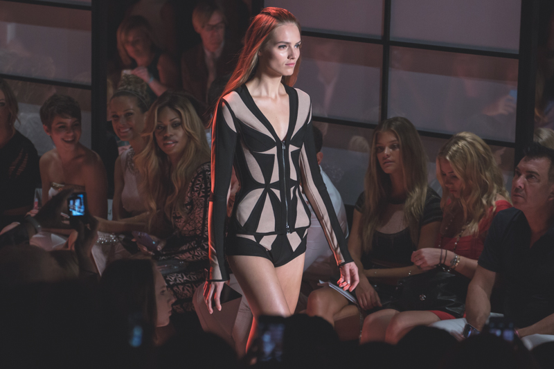 show new york HERVE LEGER Lincoln Center NYFW fashion week SS15 PE15 - copyright paulinefashionblog.com_-8