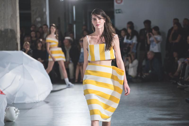 simon jacquemus collection les parasols de marseille ete spring summer 15 2015 show paris fashion week - copyright paulinefashionblog.com_-11