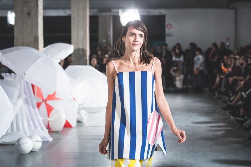 simon jacquemus collection les parasols de marseille ete spring summer 15 2015 show paris fashion week - copyright paulinefashionblog.com_-12
