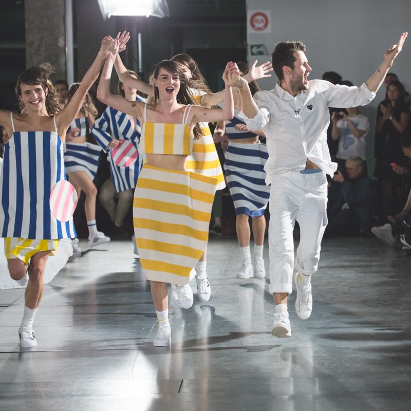simon jacquemus collection les parasols de marseille ete spring summer 15 2015 show paris fashion week - copyright paulinefashionblog.com_-17
