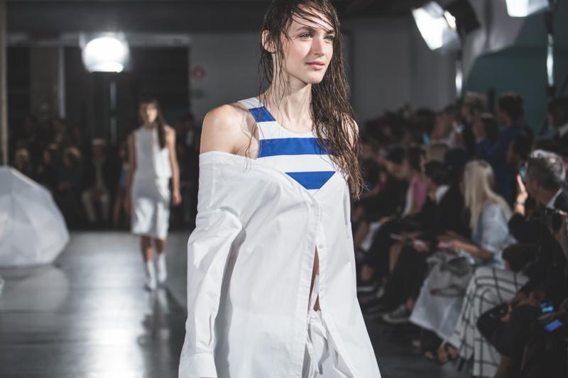 simon jacquemus collection les parasols de marseille ete spring summer 15 2015 show paris fashion week - copyright paulinefashionblog.com_-3