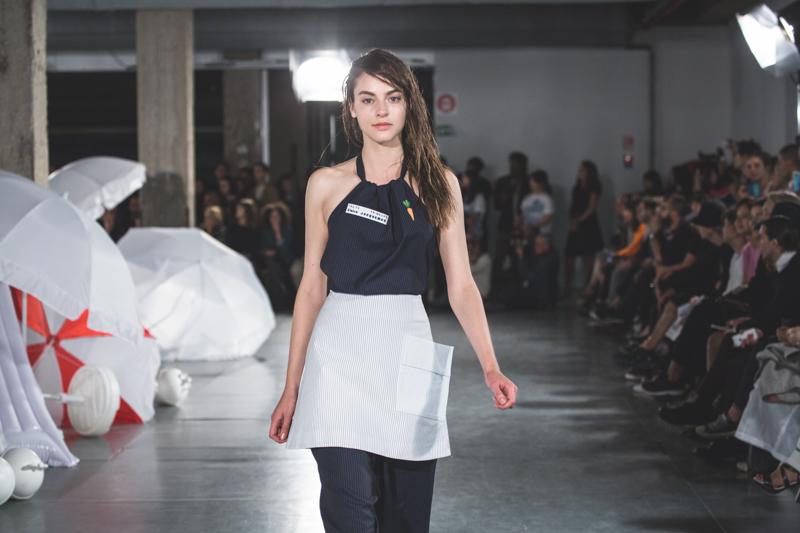 simon jacquemus collection les parasols de marseille ete spring summer 15 2015 show paris fashion week - copyright paulinefashionblog.com_-4