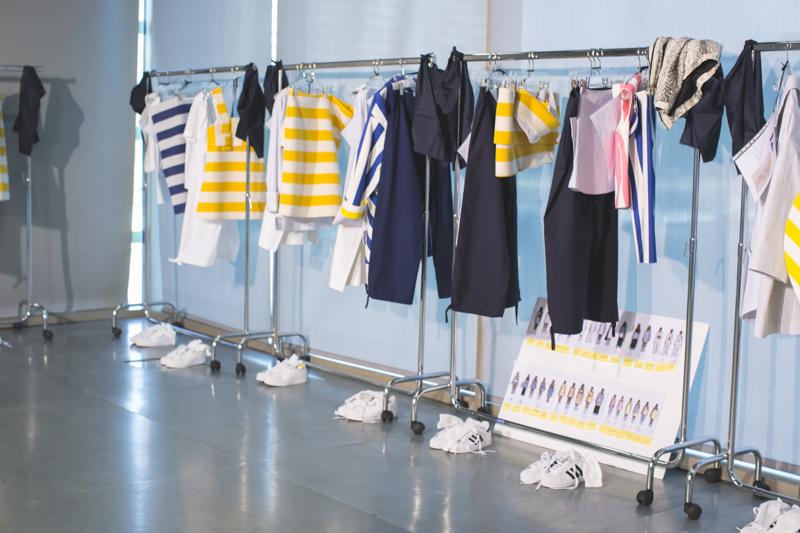 simon jacquemus les parasols de marseille ete spring summer 15 2015 show paris fashion week - copyright paulinefashionblog.com_-4