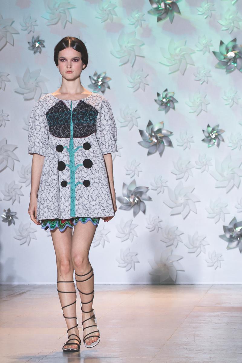 tsumori chisato spring summer 15 2015 show paris fashion week - copyright paulinefashionblog.com_-23