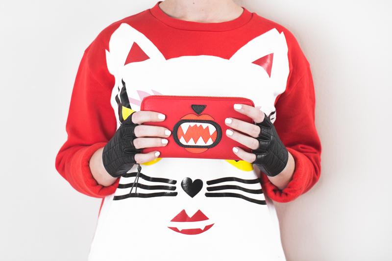 KARL LAGERFELD x Monster Choupette sweatshirt wallet - copyright paulinefashionblog.com_