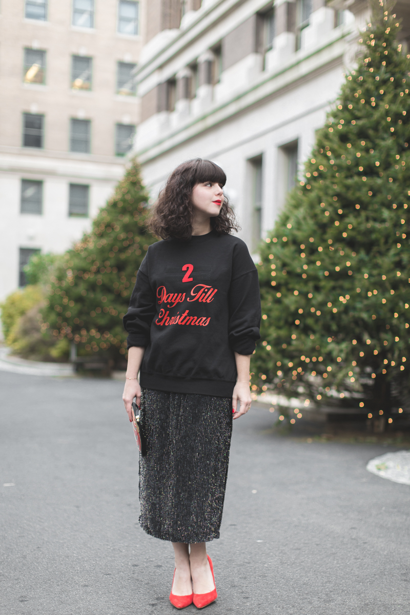 asos countdown days until christmas sweater copyright paulinefashionblog.com  2 days till Christmas !