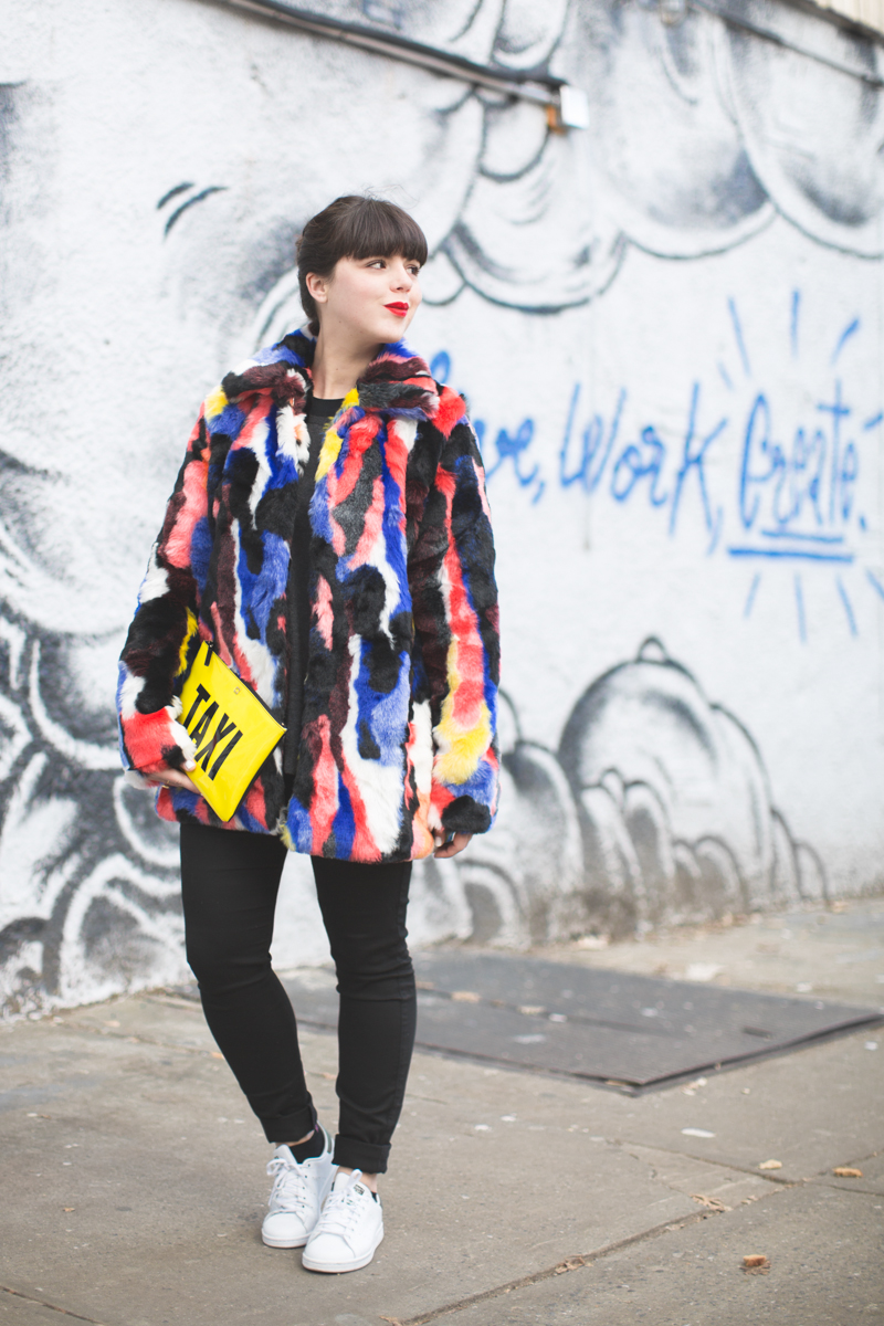 live work create - story of lola faux fur coat multicolor - copyright paulinefashionblog.com_-7