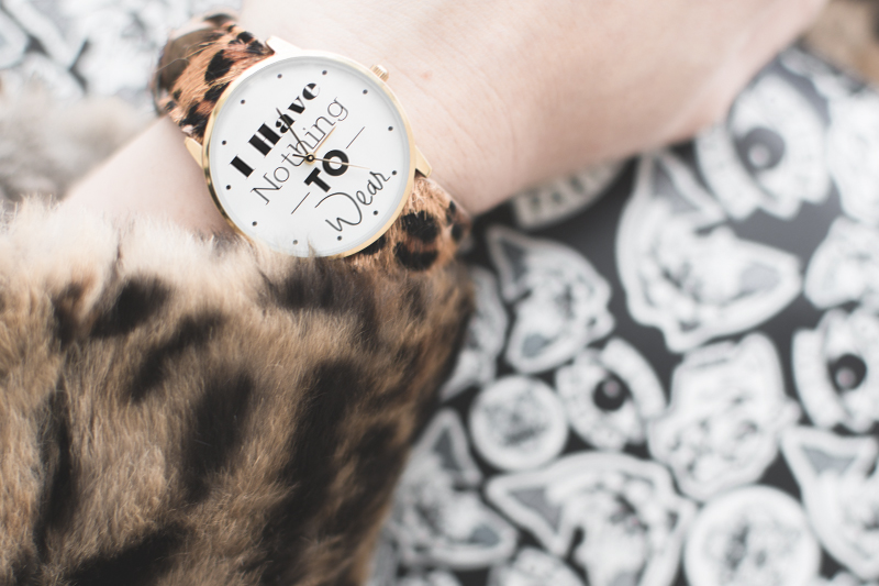 pochette kenzo montre marie luvpink rich gone broke i have nothing to wear - copyright paulinefashionblog.com_