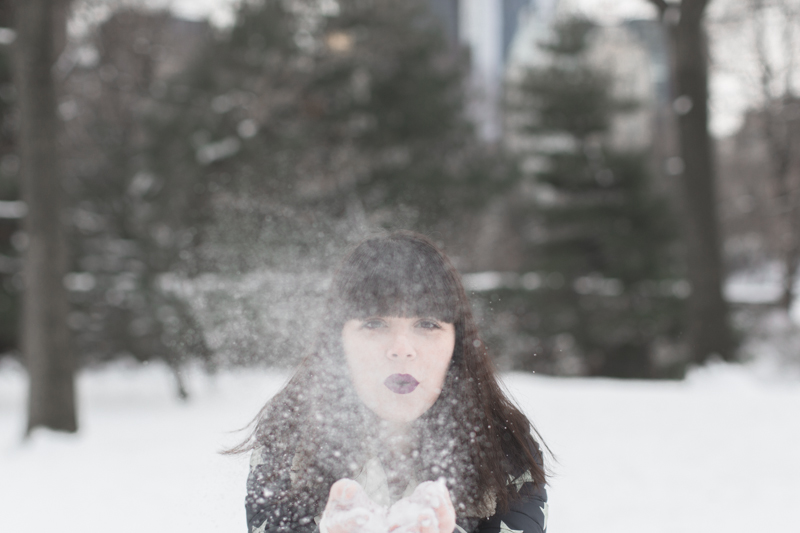 LOOK fashion blogger new york city ootd gertrude copyright paulinefashionblog.com  10 Snow Storm