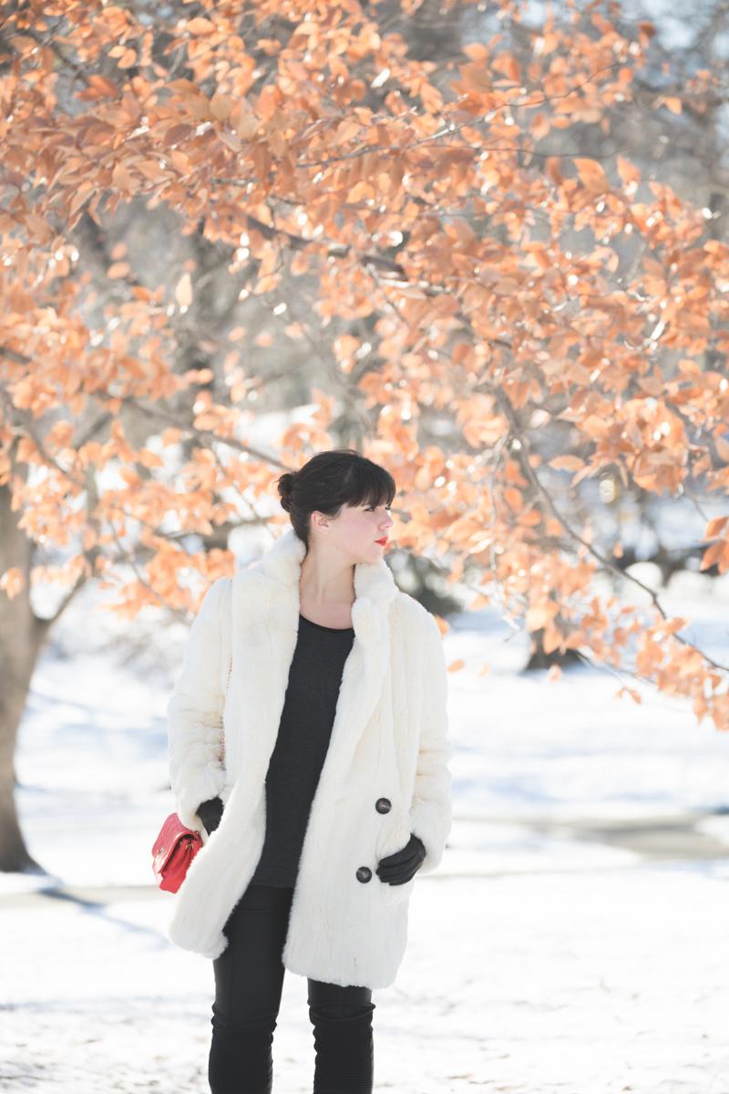 look central park neige doudoune gertrude paulette copyright paulinefashionblog.com  4 Les écureuils de Central Park sont tristes le lundi