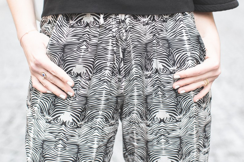 pantalon soie zebre heimstone monoprix - copyright paulinefashionblog.com_