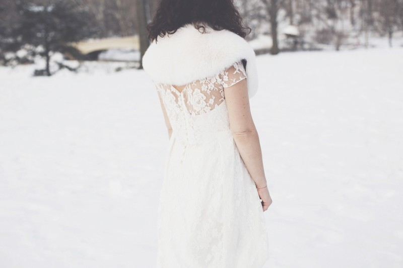 photo mariage central park neige winter wedding snow celine marks elise hameau copyright paulinefashionblog.com  16 800x533 Snow Bride