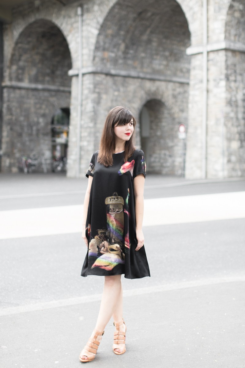 robe klements youngbritishdesigners - PAULINEFASHIONBLOG.COM-