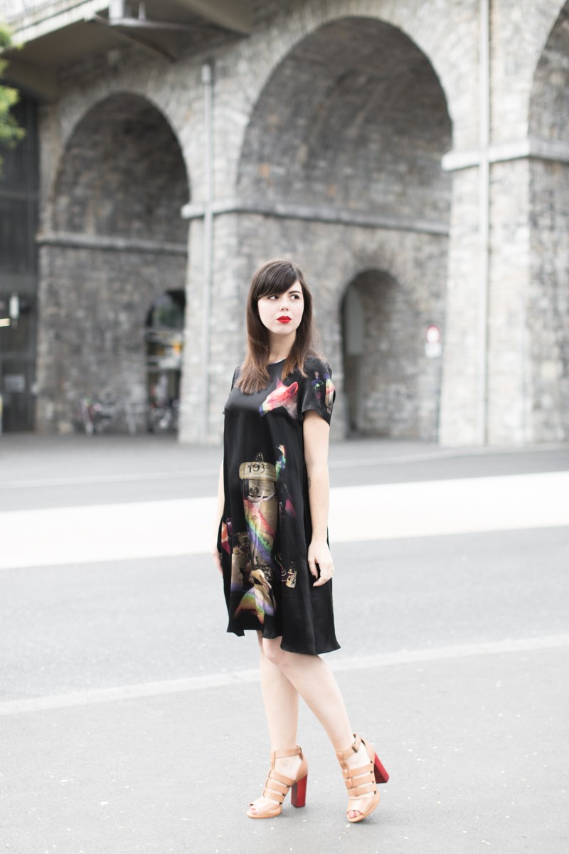 robe klements youngbritishdesigners - PAULINEFASHIONBLOG.COM--2