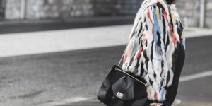 marc o polo turtle neck multi color faux fur sezane clark sac  - photo credit paulinefashionblog.com-4
